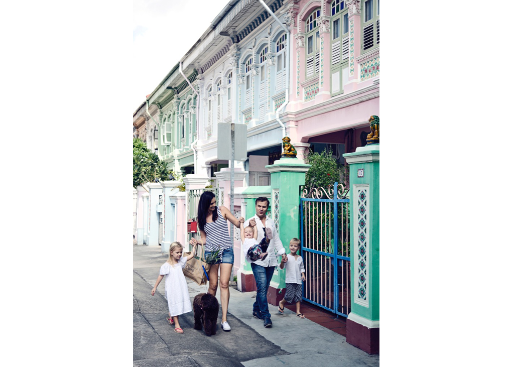 Family photographer in Singapore - Littleones Photography